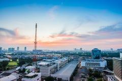 Bangkok-Stadtbild mit Fernsehturm Lizenzfreie Stockfotografie