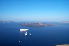 Barcos no oceano Imagem de Stock