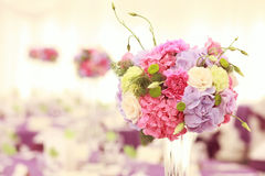 Beautiful wedding flower decoration table arrangement Stock Photos
