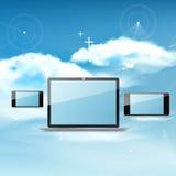 Beräknande begrepp för moln på olika elektroniska apparater Fotografering för Bildbyråer