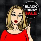 Bolla nera di vendita di venerdì e donna di Pop art per indicare il dito Immagine Stock Libera da Diritti