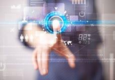Botões futuros tocantes novos da tecnologia da Web da mulher de negócio e Foto de Stock