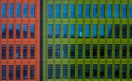 Bunte Handelsgebäude Lizenzfreies Stockfoto