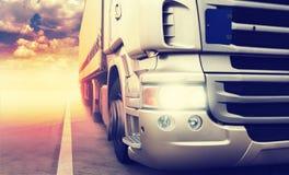 Camion sulla strada principale Fotografia Stock Libera da Diritti