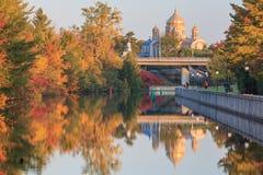 Canal d'Ottawa et couleurs de chute Images libres de droits