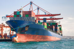 Cargo ship with containers Royalty Free Stock Images