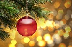 Cena dourada da árvore de Natal Imagem de Stock