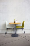 Chairs and table in the cafe Royalty Free Stock Photography