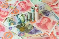 Chinesische Währung, die ein Diagramm bildet Lizenzfreie Stockfotos