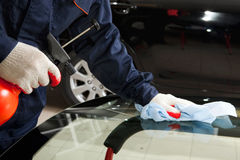 Close up of mechanic working in Auto Repair Royalty Free Stock Photos