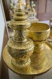 Concetto dell'utensile della famiglia dell'oro del mestiere del contenitore dell'oggetto d'antiquariato di Goldware Fotografia Stock