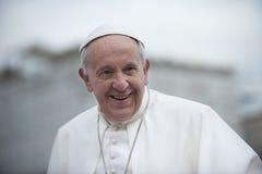 De paus Francis zegent kind Stock Fotografie