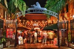De Straat New Orleans van de bourbon - het Muzikale Park van Legenden Royalty-vrije Stock Foto's