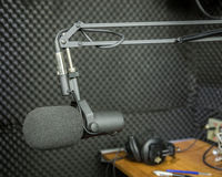 Dynamic microphone in recording studio Royalty Free Stock Photos