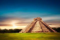 El Castillo-piramide in Chichen Itza, Yucatan, Mexico Royalty-vrije Stock Fotografie
