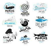 Ensemble rétro des clubs et le logo et les emblèmes de barres Concevez les éléments et les icônes au thème de la mer et de la mus Images libres de droits