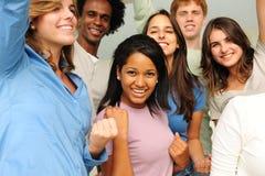 Grupo Excited e feliz de jovens diversos Fotografia de Stock Royalty Free