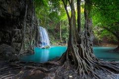 Haga sonar el paisaje con la cascada de Erawan Kanchanaburi, Tailandia Fotografía de archivo libre de regalías