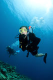 Happy couple scuba dive together Royalty Free Stock Photography