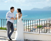 Happy newlywed couple in wedding day in Italy Royalty Free Stock Photos