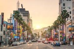 Hollywoodboulevard bij zonsondergang - Los Angeles - Gang van Bekendheid Stock Afbeeldingen