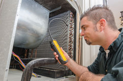 HVAC Technician with Leak Detector Royalty Free Stock Photos