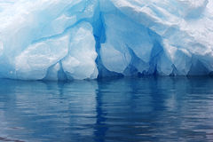 Iceberg bleu, Anarctica Photographie stock