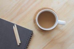 Il lavoro si rilassa con caffè Fotografie Stock