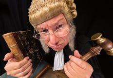 Juge grincheux Photo stock