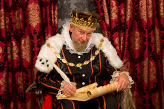 King signing new law Stock Photo