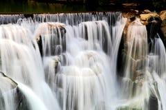 La cascada más grande de Taipei, Taiwán Imágenes de archivo libres de regalías