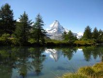 Lago e Matterhorn Grindjisee Fotografie Stock Libere da Diritti