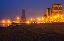 Nachtansicht des Strandes in Badalona Stockfotografie