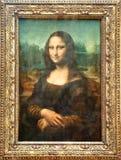 PARIJS - AUGUSTUS 16: Mona Lisa door de Italiaanse kunstenaar Leonardo da Vinci bij het Louvremuseum, 16 Augustus, 2009 in Parijs, Stock Foto