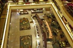 Pasillo, salón y barra del hotel de lujo Fotografía de archivo