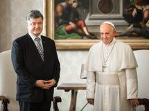 Petro Poroshenko e papa Francis Fotografia Stock