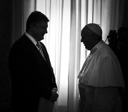 Petro Poroshenko und Papst Francis Stockfoto