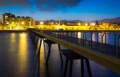 Pier und Strand am Abend Badalona Stockbild