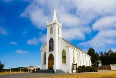 Poca chiesa bianca Immagine Stock