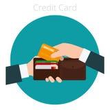 Räcka med kreditkorten Fotografering för Bildbyråer