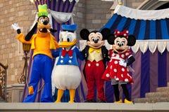 Ratón de Mickey y de Minnie, pato de Donald y torpe Imagen de archivo