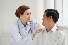 Reassuring a patient Royalty Free Stock Images