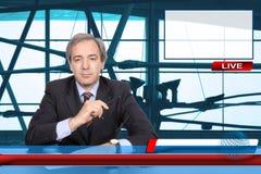 Reportero de las noticias de la TV Fotos de archivo