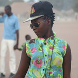 Retrato de uma menina africana urbana Foto de Stock
