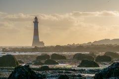 12. September 2015 Beachy Hauptleuchtturm bei Ebbe Stockfotos