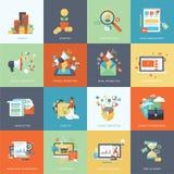 Sistema de los iconos planos modernos del concepto de diseño para comercializar Foto de archivo libre de regalías
