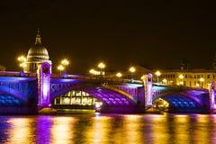Southwarkbrug bij Kerstmis, Londen Royalty-vrije Stock Foto's