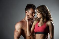 Sport und Liebe Attraktive heterosexuelle Paare Lizenzfreies Stockfoto