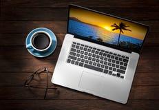 Viaggio del computer portatile Fotografie Stock Libere da Diritti
