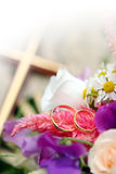 Wedding Rings with flowers Royalty Free Stock Image